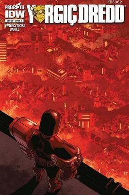 Yargıç Dredd Sayı 8 Kapak A - Çizgi Roman Dergisi