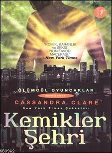 Kemikler Şehri; Ölümcül Oyuncaklar 1. Kitap